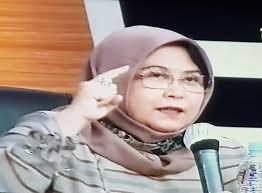 Pengacara Elza Syarif Putuskan Untuk Berhijab