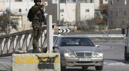 Pasukan Israel Tembak Mobil Warga Palestina