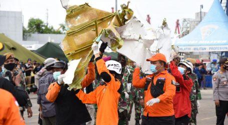 Kapal Polair Pelatuk Serahkan 53 Properti dan 14 Body Part Korban