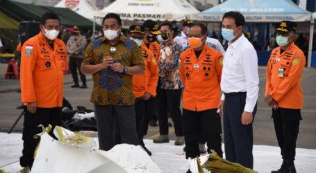 Wakil Ketua DPR Kunjungi Posko Terpadu Operasi SAR Sriwijaya SJ-182