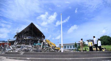 Presiden Tinjau Kantor Gubernur Sulbar yang Hancur Karena Gempa