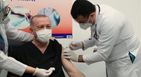 Presiden Erdogan Terima Suntikan Vaksin Covid-19