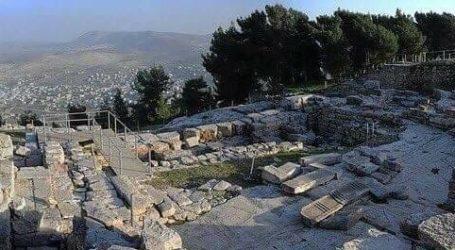 Warga Palestina Halau Penyerbuan Pemukim ke Situs Bersejarah Era Turki Utsmani di Nablus