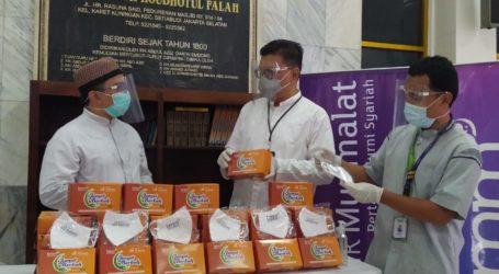 Program Jumat Berkah, Muamalat Salurkan Bantuan Paket
