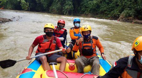 UAR dan Tim SAR Gabungan Temukan Korban Hanyut Arus Deras Kali Ciliwung