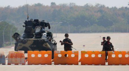 Militer Myanmar Bebaskan 400 Orang yang Ditahan dalam Kudeta