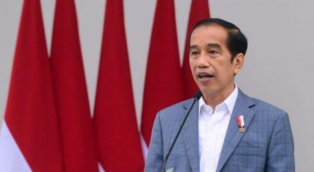 Jokowi: Awak Media Diberi Vaksin Covid untuk Lindungi Saat di Lapangan