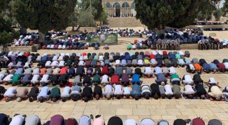 Sekitar 23 Ribu Kaum Muslimin Tunaikan Shalat Jumat di Al-Aqsha