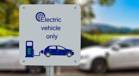 Sebanyak 75 Persen Pemasok Suku Cadang Mobil Listrik Tesla dari Taiwan