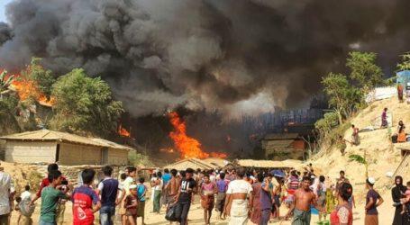 Pasar Kamp Rohingya di Cox's Bazar Terbakar, Tiga Meninggal