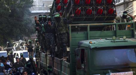 Ribuan Pejuang Hamas Adakan Parade Usai Gencatan Senjata