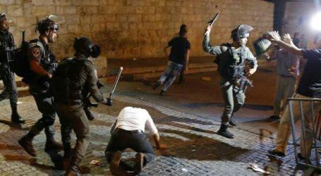Bentrok antara Pasukan Israel dan Jamaah Tarawih Masjid Al-Aqsa