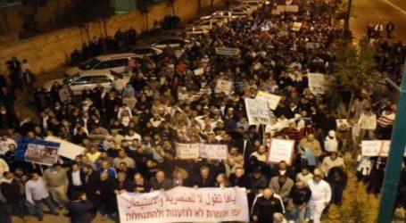Ribuan Warga Palestina Gelar Aksi Unjuk Rasa pada Peringatan Hari Nakba