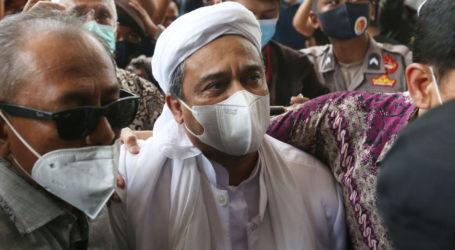 Dinilai Sebarkan Hoaks Covid-19, PN Jakarta Timur Vonis Habib Rizieq 4 Tahun Penjara