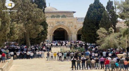 Sekitar 40.000 Jamaah Shalat Jumat di Masjid Al-Aqsa