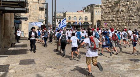 Polisi Ubah Rute Pawai Bendera Israel Hindari Kawasan Muslim di Al-Quds