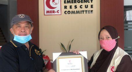 Pensiunan Dinas Tata Bangunan DKI Jakarta Salurkan Donasi Palestina Lewat MER-C