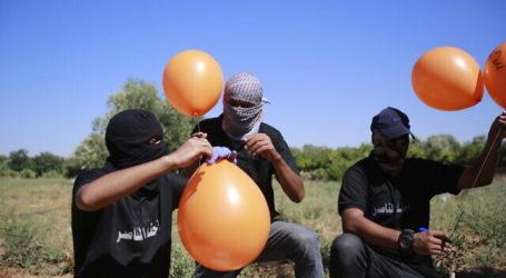 Israel Balas Balon Gaza dengan Serangan Udara