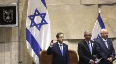 Presiden Baru Israel Janji Lanjutkan Dialog dengan Palestina