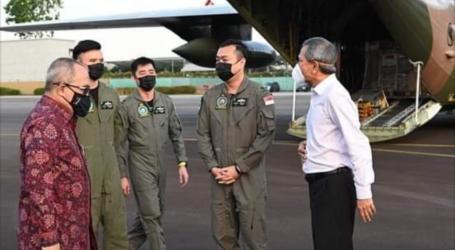 Dubes Suryo Pratomo Terima Bantuan Alkes dari Singapura