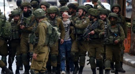 Israel Tangkap Puluhan Mahasiswa Palestina di Tepi Barat