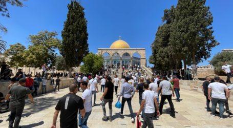Sekitar 45 Ribu Jamaah Shalat Jumat di Al-Aqsa
