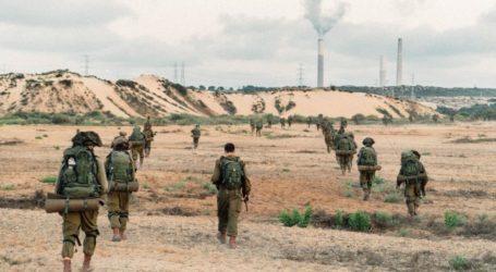 Pasukan Israel Lakukan Manuver di Dekat Jalur Gaza