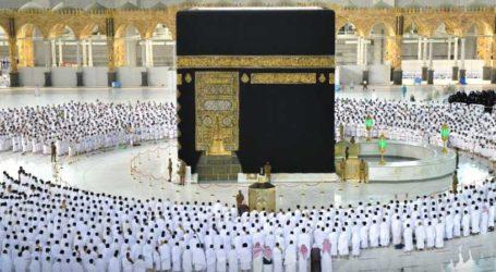 Masjidil Haram Kembali Rapatkan Shaf Shalat Berjamaah